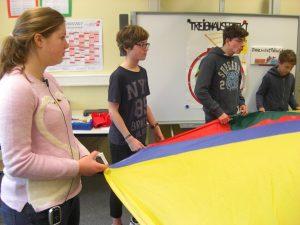 Schülermentoren erklären Treibhauseffekt